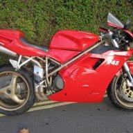 moto748